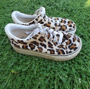 Leopard print chunky sneakers